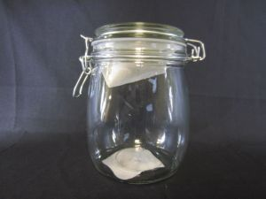 GLASS CANISTER 27.1 oz height 5.5&ampquot